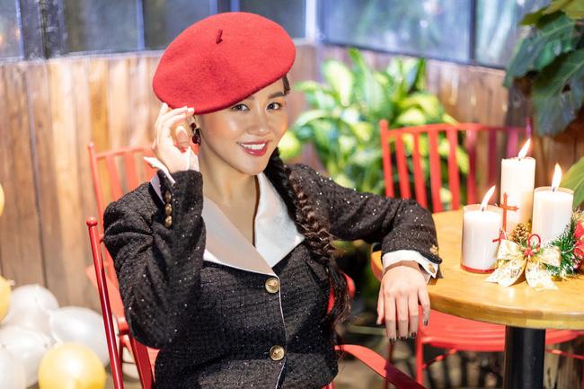 Văn Mai Hương tự nhận mũm mĩm giống đàn chị Như Quỳnh  - Ảnh 8.