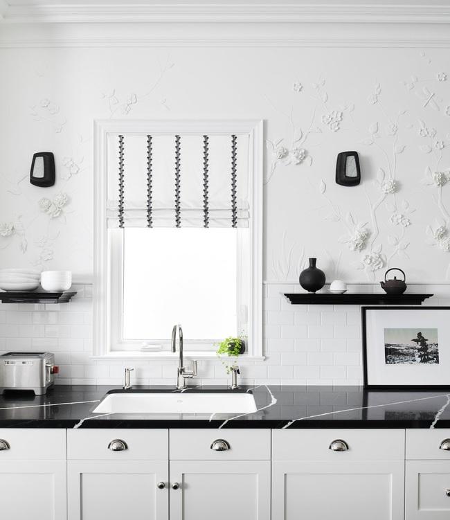 Căn bếp đen - trắng vừa đẹp vừa sang lại luôn gọn gàng ngăn nắp - Ảnh 12.