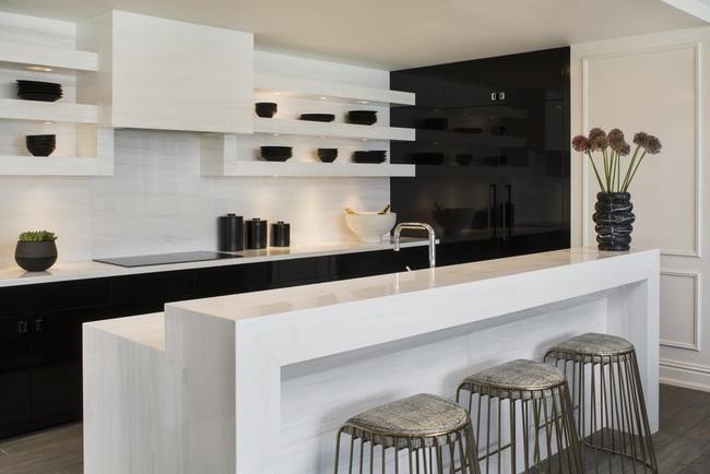 Căn bếp đen - trắng vừa đẹp vừa sang lại luôn gọn gàng ngăn nắp - Ảnh 18.