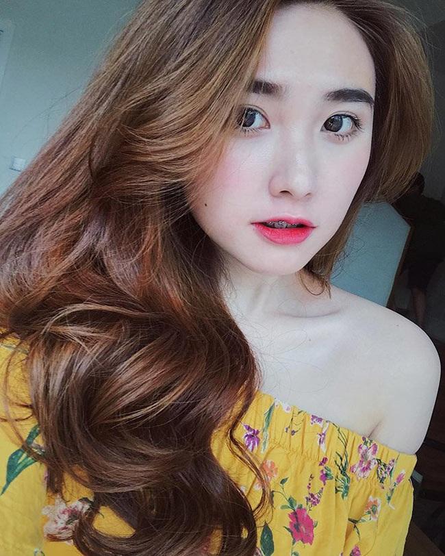 """Cầu thủ Việt Nam và những mối tình tan vỡ trong năm 2019: Người """"đau đầu"""" vì lùm xùm yêu đương, người chia tay đã có ngay tình mới nổi tiếng - Ảnh 8."""