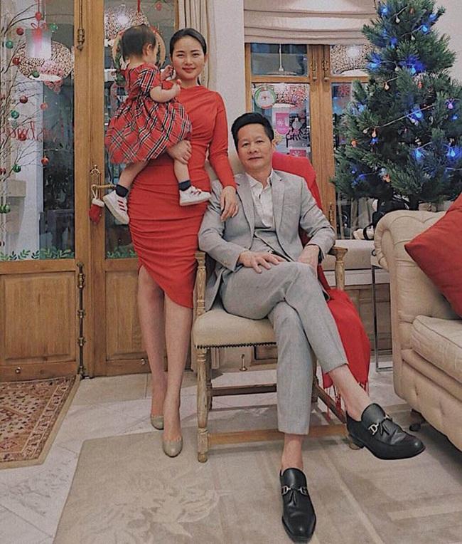 Con gái Phan Như Thảo viết điều ước Giáng sinh chẳng giống ai khiến mẹ hết hồn, bố đại gia phán câu càng bất ngờ - Ảnh 3.