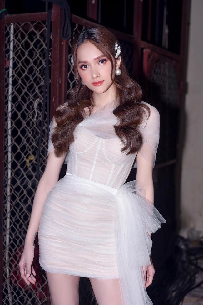 Cú nổ cho nhạc Việt 2019: Hoàng Thùy Linh nhắc lại scandal, Đen Vâu thống lĩnh, Hương Giang - Chi Pu hát yếu vẫn gây sốt - Ảnh 9.