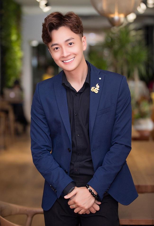 Cú nổ cho nhạc Việt 2019: Hoàng Thùy Linh nhắc lại scandal, Đen Vâu thống lĩnh, Hương Giang - Chi Pu hát yếu vẫn gây sốt - Ảnh 18.