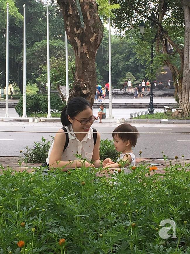 Nữ bác sĩ chia sẻ câu chuyện tự học Tiếng Anh để dạy con: Không chỉ là dạy, mẹ phải thổi tình yêu ngôn ngữ vào tâm hồn con - Ảnh 4.