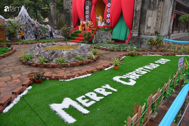 Không khí Giáng sinh rực rỡ tại nơi đồng bào Công giáo nhiều nhất cả nước - Ảnh 8.