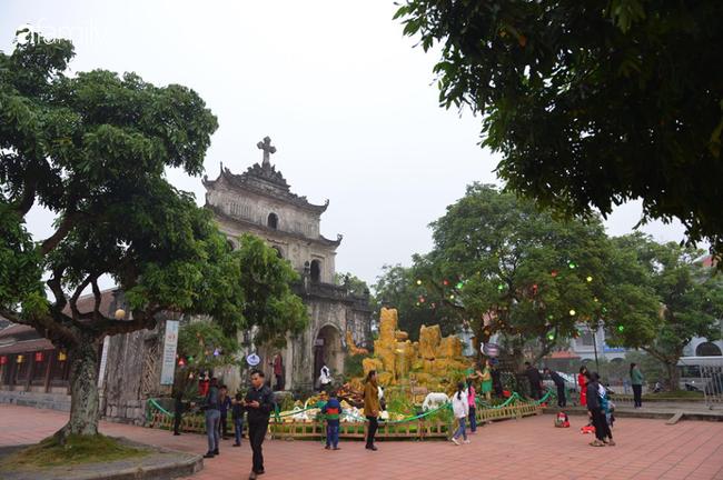 Không khí Giáng sinh rực rỡ tại nơi đồng bào Công giáo nhiều nhất cả nước - Ảnh 13.