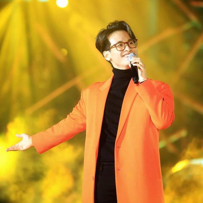 Cú nổ cho nhạc Việt 2019: Hoàng Thùy Linh nhắc lại scandal, Đen Vâu thống lĩnh, Hương Giang - Chi Pu hát yếu vẫn gây sốt - Ảnh 24.