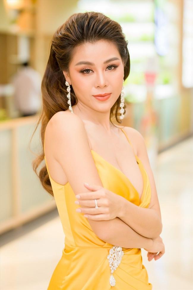 Trường Giang - Lưu Thiên Hương bị chê vô duyên nhưng vẫn chưa bằng Phi Thanh Vân lên truyền hình kể chuyện 18+ - Ảnh 5.