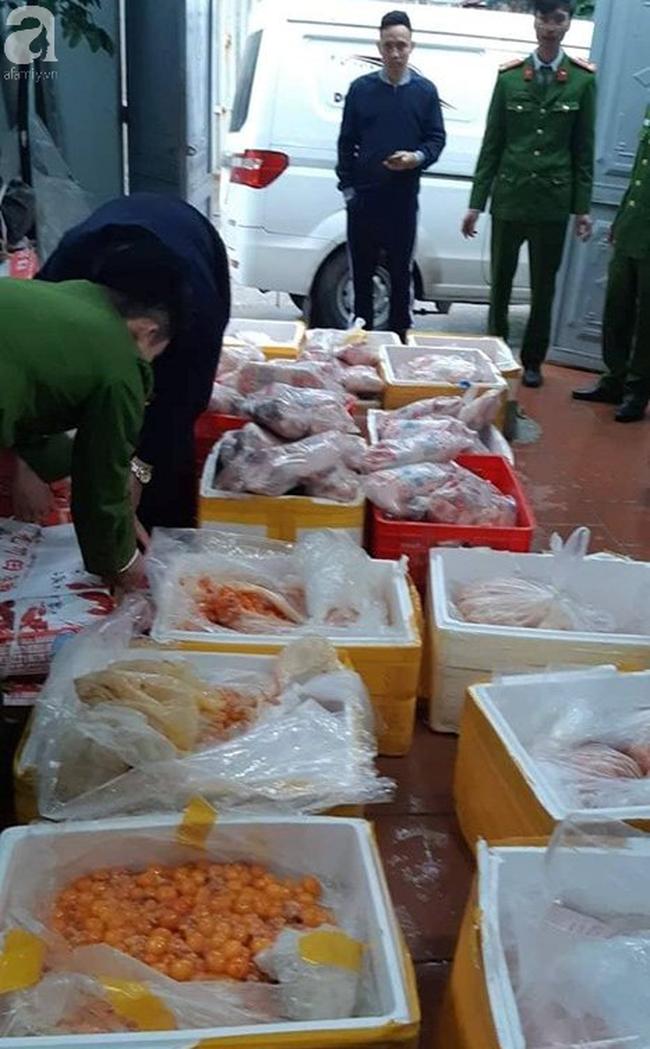 Kinh hoàng hàng tấn trứng gà non, vịt Trung Quốc bốc mùi bán ra thị trường - Ảnh 4.
