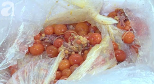 Kinh hoàng hàng tấn trứng gà non, vịt Trung Quốc bốc mùi bán ra thị trường - Ảnh 7.