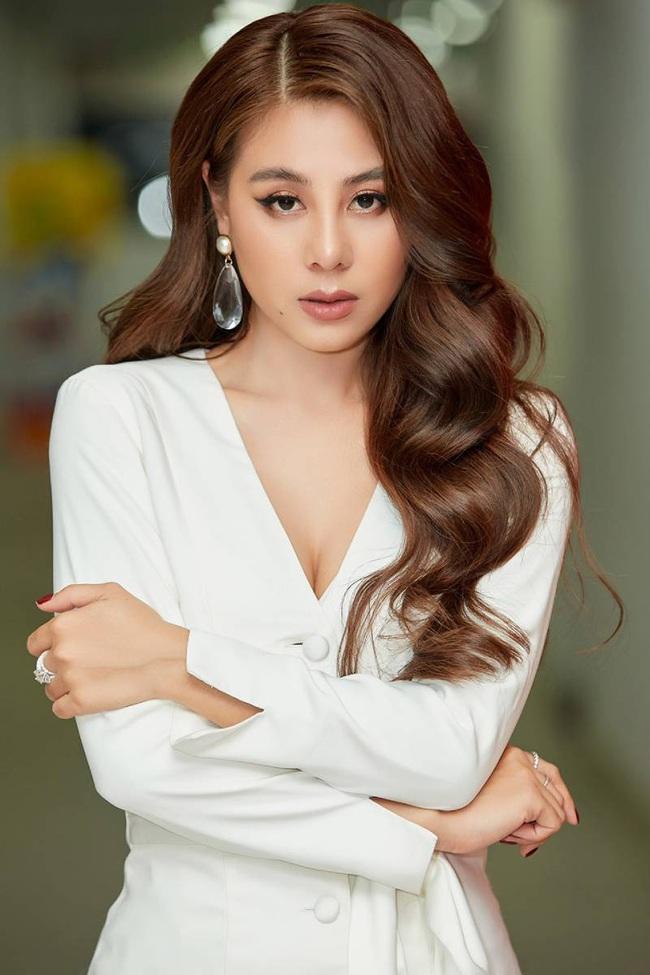 Trường Giang - Lưu Thiên Hương bị chê vô duyên nhưng vẫn chưa bằng Phi Thanh Vân lên truyền hình kể chuyện 18+ - Ảnh 6.