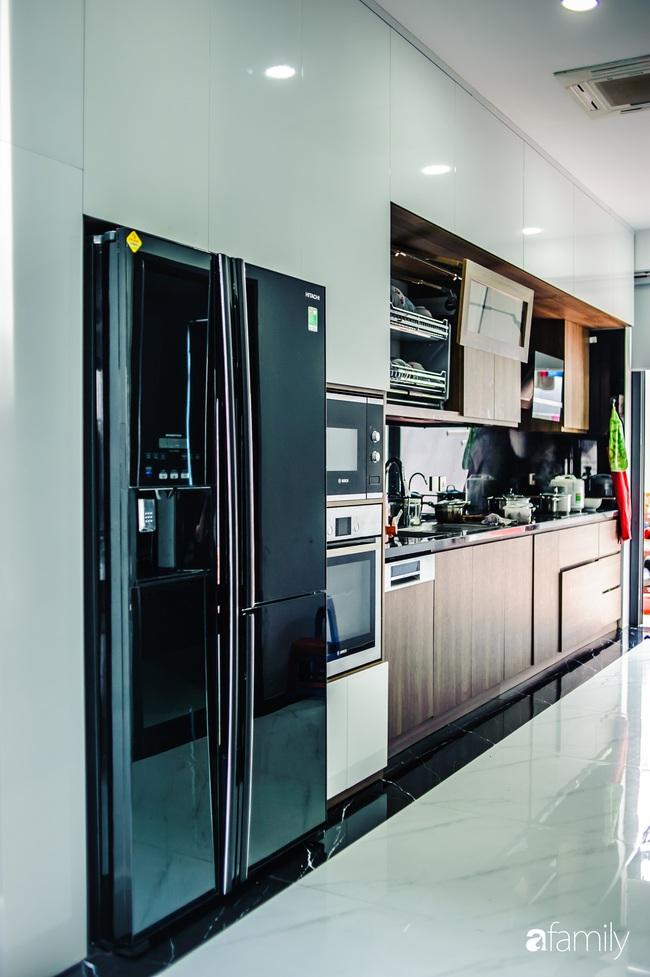 Ngôi nhà phố cho gia đình 3 thế hệ với chiều dài 36m2 tạo ấn tượng mạnh nhờ tông màu trung tính ở Hà Nội - Ảnh 12.