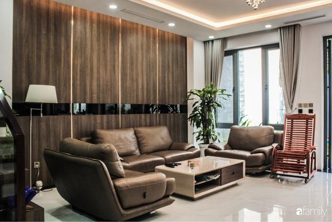 Ngôi nhà phố cho gia đình 3 thế hệ với chiều dài 36m2 tạo ấn tượng mạnh nhờ tông màu trung tính ở Hà Nội - Ảnh 7.