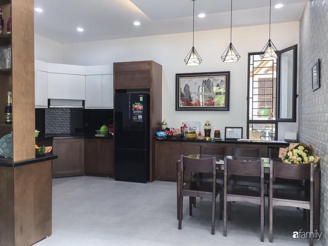 Ngắm ngôi nhà đẹp như mơ với chi phí 1,6 tỉ do con trai là KTS xây tặng bố mẹ ở Long Biên, Hà Nội - Ảnh 10.