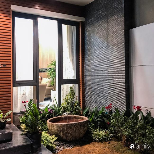 Ngôi nhà phố cho gia đình 3 thế hệ với chiều dài 36m2 tạo ấn tượng mạnh nhờ tông màu trung tính ở Hà Nội - Ảnh 3.
