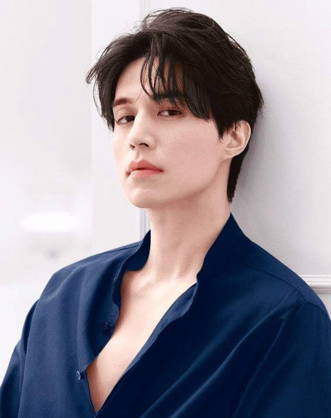 """""""Thần chết"""" Lee Dong Wook lại """"gây bão"""" với hình ảnh điển trai năm 18 tuổi, nhưng bất ngờ nhất là khi so sánh với nhan sắc hiện tại - Ảnh 6."""