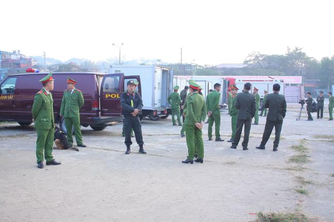 Trực tiếp phiên xét xử 9 bị cáo vụ sát hại nữ sinh giao gà ở Điện Biên: Toà không triệu tập bà Trần Thị Hiền - Ảnh 3.