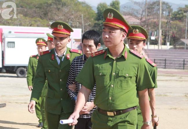 Tiếp tục xét xử các bị cáo trong vụ nữ sinh giao gà bị sát hại ở Điện Biên - Ảnh 1.