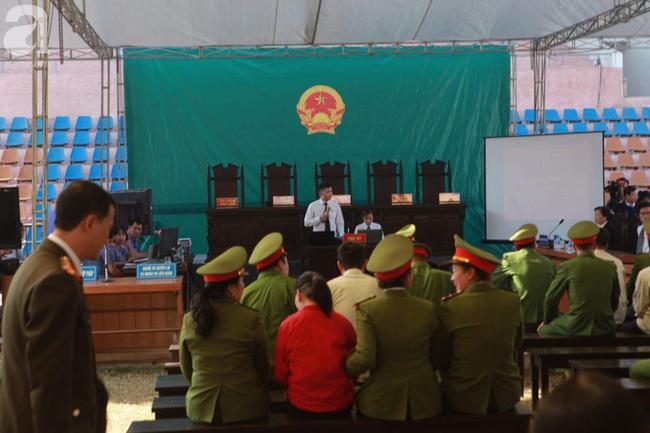Tiếp tục xét xử các bị cáo trong vụ nữ sinh giao gà bị sát hại ở Điện Biên - Ảnh 5.