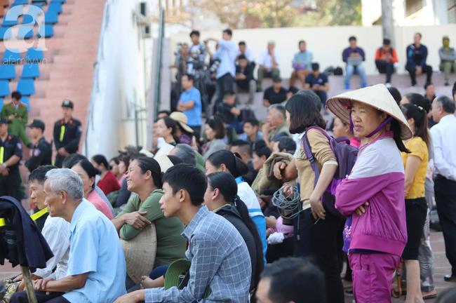 Tiếp tục xét xử các bị cáo trong vụ nữ sinh giao gà bị sát hại ở Điện Biên: Bị cáo khai 5 lần thay nhau hiếp dâm nữ sinh Cao Mỹ Duyên - Ảnh 4.