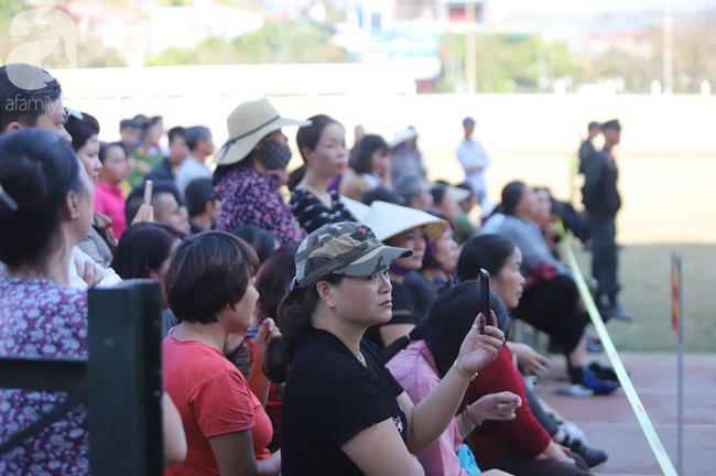 Tiếp tục xét xử các bị cáo trong vụ nữ sinh giao gà bị sát hại ở Điện Biên: Bị cáo khai 5 lần thay nhau hiếp dâm nữ sinh Cao Mỹ Duyên - Ảnh 3.