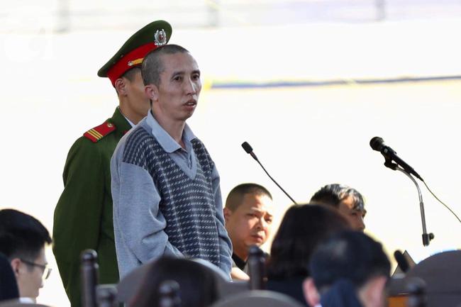 Tiếp tục xét xử vụ nữ sinh giao gà Điện Biên: Bùi Văn Công liên tục kêu oan, cho rằng ''bị treo lên như con chó'' để ép cung - Ảnh 1.