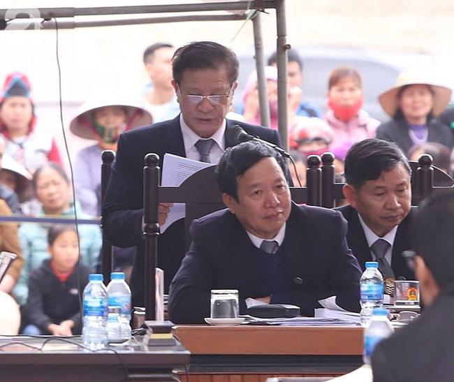 Xét xử ngày thứ 2 vụ nữ sinh giao gà Điện Biên bị sát hại: Luật sư đại diện đưa ra bằng chứng xin giảm hình phạt tử hình cho các bị cáo - Ảnh 1.