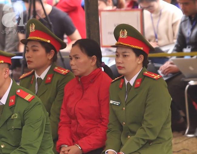 Xét xử ngày thứ 2 vụ nữ sinh giao gà Điện Biên bị sát hại: Bùi Kim Thu vẫn một mực kêu oan, nói các bị cáo khác vu khống cho mình - Ảnh 1.