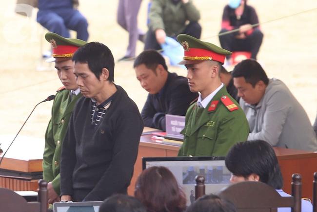 Xét xử ngày thứ 2 vụ nữ sinh giao gà Điện Biên bị sát hại: Các bị cáo được nói lời sau cùng, Bùi Văn Công tiếp tục kêu oan - Ảnh 3.