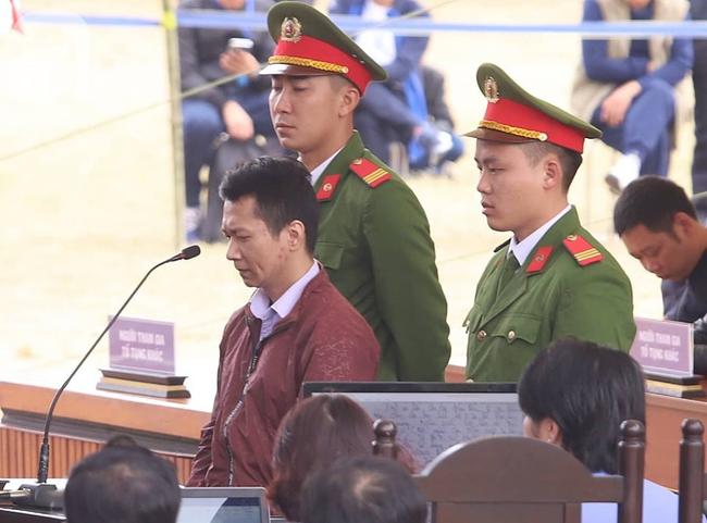 Xét xử ngày thứ 2 vụ nữ sinh giao gà Điện Biên bị sát hại: Các bị cáo được nói lời sau cùng, Bùi Văn Công tiếp tục kêu oan - Ảnh 4.