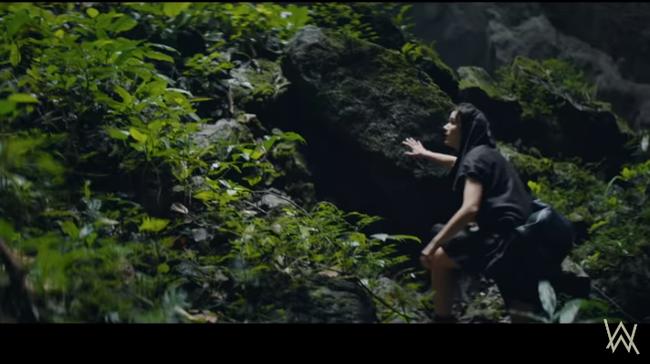 """Hang Sơn Đoòng - kỳ quan số 1 Việt Nam trở thành bối cảnh """"truy tìm kho báu"""" trong MV mới của phù thủy âm nhạc Alan Walker - Ảnh 6."""
