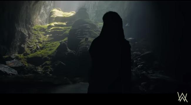 """Hang Sơn Đoòng - kỳ quan số 1 Việt Nam trở thành bối cảnh """"truy tìm kho báu"""" trong MV mới của phù thủy âm nhạc Alan Walker - Ảnh 5."""