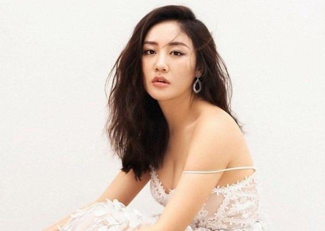 Một ngày sau vụ bị hack camera an ninh, Văn Mai Hương có động thái đầu tiên, netizen hy vọng nữ ca sĩ sẽ tiếp tục vững vàng - Ảnh 2.