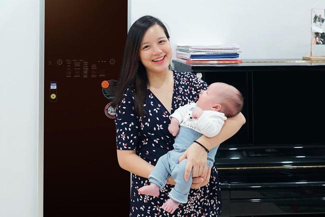 """MC Minh Trang """"thú nhận"""" đẻ 4 đứa con rất ồn ào và đau đầu, nhiều lúc chỉ ước... nhét hết cả đám lại vào bụng khiến chị em cười lăn - Ảnh 1."""