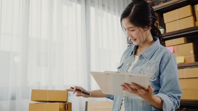Không cần xinh đẹp xuất chúng, phụ nữ công sở có 5 yếu tố này đều gây thiện cảm với đồng nghiệp xung quanh - Ảnh 5.