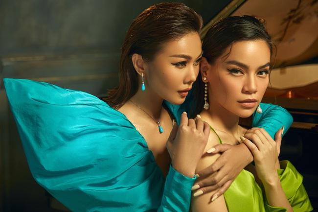Duy mĩ trong từng khoảnh khắc, bộ ảnh Xuân/Hè 2020 của NTK Công Trí có tất cả: Thanh Hằng, Hồ Ngọc Hà và thời trang - Ảnh 3.