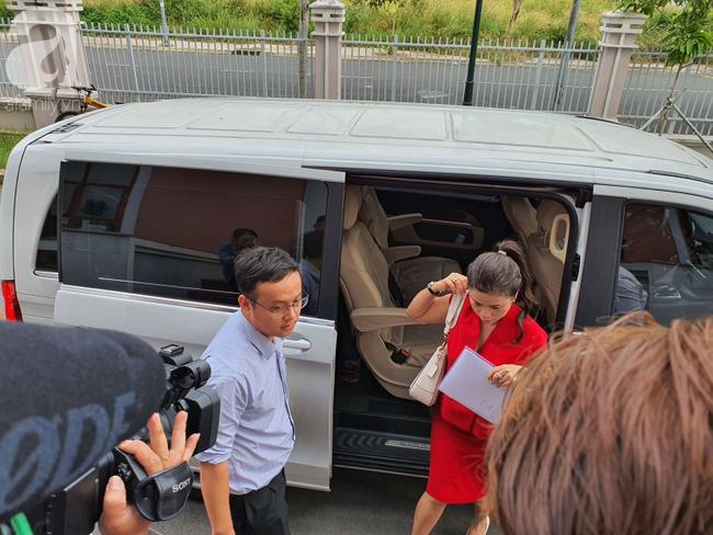 """Vụ """"ly hôn nghìn tỷ"""": Ông Đặng Lê Nguyên Vũ nói không muốn đoàn tụ vì """"đau đớn lắm"""" - Ảnh 1."""