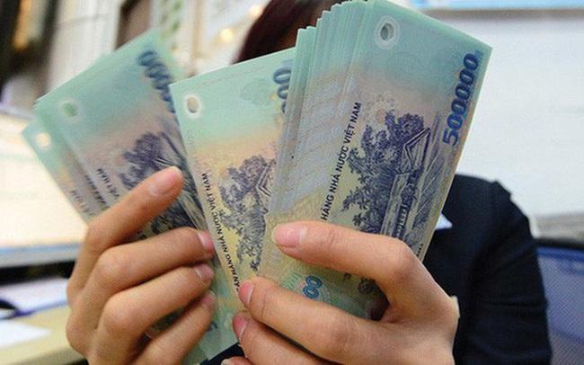 Vợ chồng trẻ không dám về quê ăn Tết để tiết kiệm tiền vì chỉ tính riêng khoản gửi Tết đã 'đi tong' mất 15 triệu - Ảnh 1.