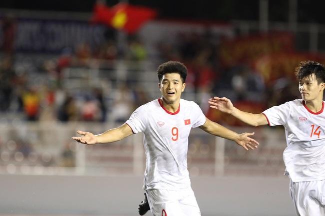 Một cầu thủ U22 Việt Nam phải kiểm tra doping sau trận thắng Singapore - Ảnh 1.