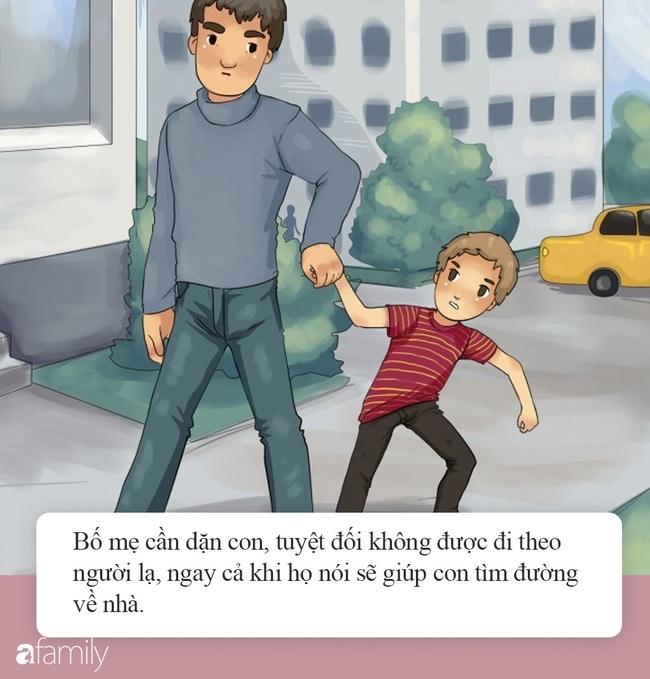 Hà Nội xuất hiện đối tượng cầm tiền lẻ và đồ chơi đứng trước cổng trường tiểu học dụ dỗ trẻ, phụ huynh hết sức cảnh giác  - Ảnh 6.
