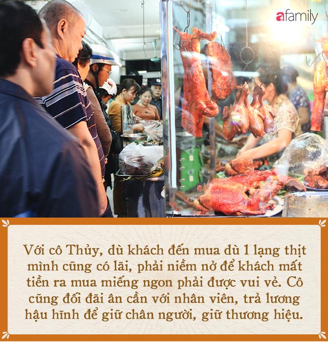"""""""Bí mật thành công"""" của hàng thịt quay lâu đời nhất Hà Nội, hơn 50 năm vẫn khiến khách xếp hàng dài như trẩy hội - Ảnh 12."""