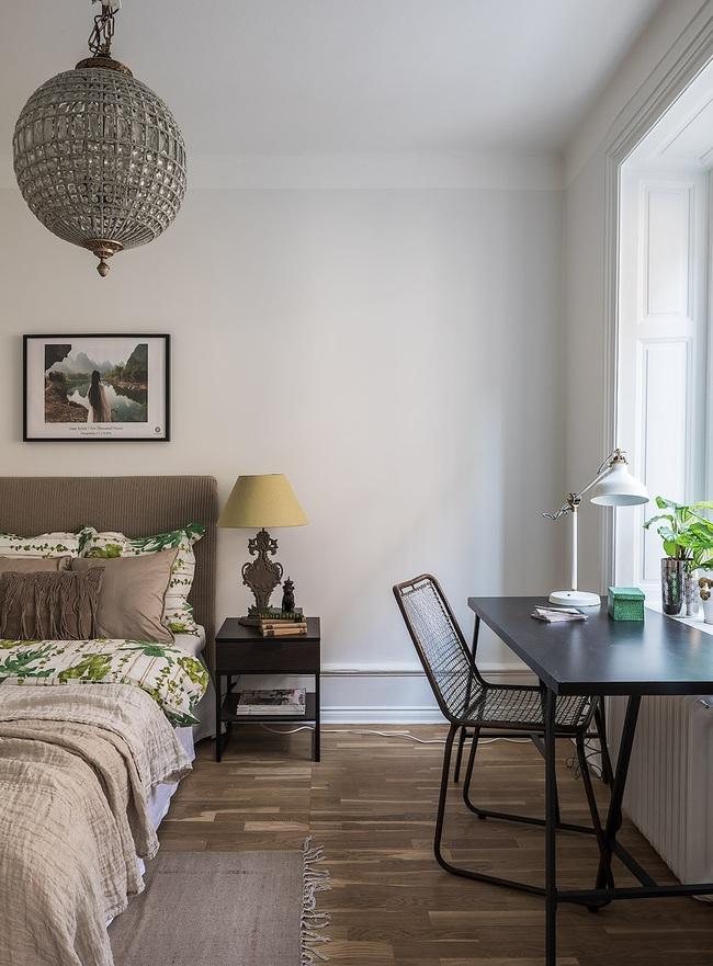 Nội thất màu sáng hài hòa trong căn hộ màu trắng xám siêu hiện đại ở Nga - Ảnh 9.
