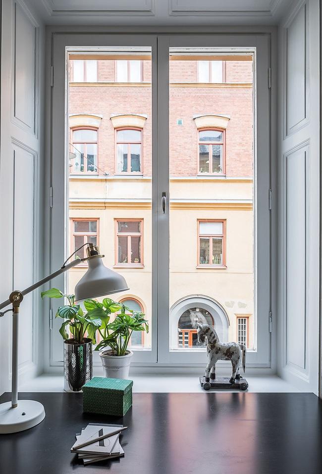 Nội thất màu sáng hài hòa trong căn hộ màu trắng xám siêu hiện đại ở Nga - Ảnh 10.