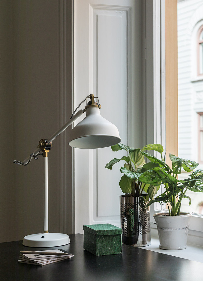 Nội thất màu sáng hài hòa trong căn hộ màu trắng xám siêu hiện đại ở Nga - Ảnh 11.