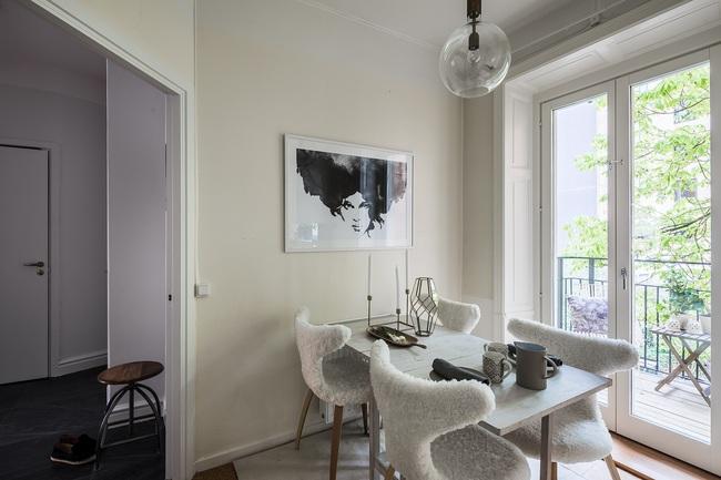 Nội thất màu sáng hài hòa trong căn hộ màu trắng xám siêu hiện đại ở Nga - Ảnh 17.