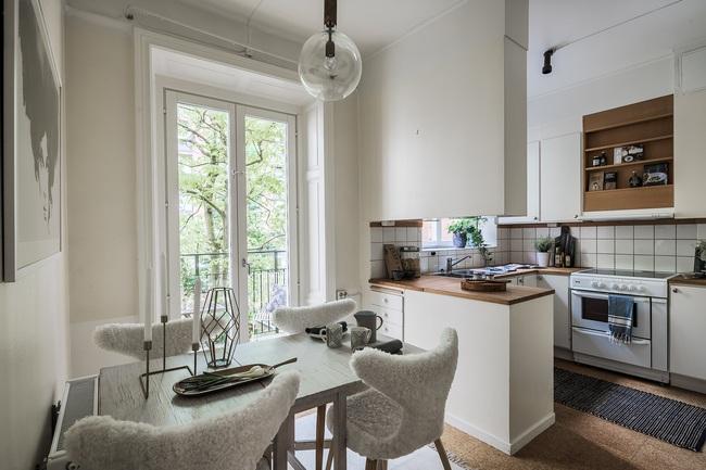 Nội thất màu sáng hài hòa trong căn hộ màu trắng xám siêu hiện đại ở Nga - Ảnh 19.