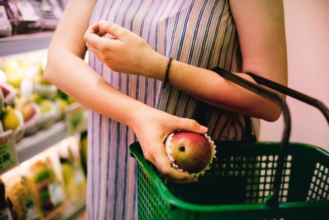 Nếu mỗi đồng nghiệp ta ghét là một quả táo thì túi táo ta mang hàng ở nơi công sở ngày nặng đến độ nào? - Ảnh 3.