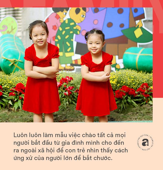"""Nhà giáo Montessori gợi ý dạy con chào hỏi đúng cách và tháo gỡ """"nỗi khổ tâm"""" của cha mẹ khi con không chịu mở lời - Ảnh 2."""