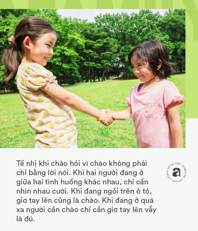 """Nhà giáo Montessori gợi ý dạy con chào hỏi đúng cách và tháo gỡ """"nỗi khổ tâm"""" của cha mẹ khi con không chịu mở lời - Ảnh 5."""