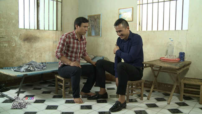 """""""Không lối thoát"""" tập 28: Minh - Lương Thế Thành vừa giết vợ đã thuê giang hồ đánh anh ruột suýt chết  - Ảnh 6."""